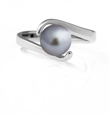 Ruette Freshwater Pearl ring in Grey