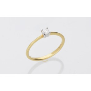 0.15ct Diamond Solitaire Ring - Yellow Gold