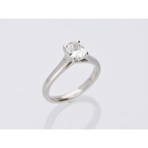 0.90ct Platinum Diamond Solitaire