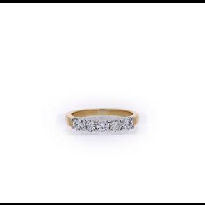 18ct 5 Stone Ring