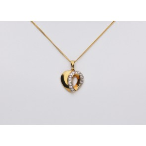 18ct Yellow Gold Open Grain Set Heart on 18ct Curb Chain